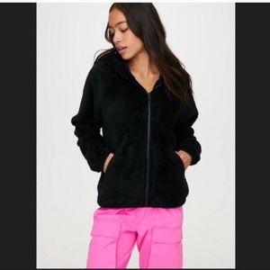 ARITZIA | TNA Fuzzy Zip Up Hoodie Jacket